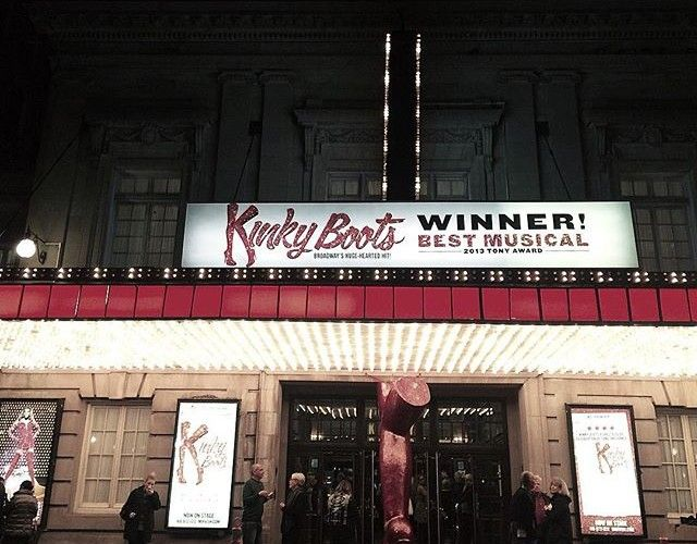 Kinky Boots is in Toronto until January! We personally think it's the perfect mother/daughter date (plus we've got an exclusive discount for tickets as low as $29!)