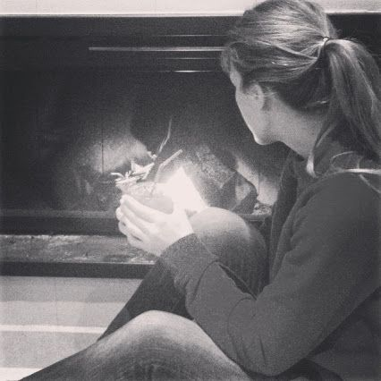 Cuando tu única preocupación es disfrutar de tu familia, amigos y de controlar el fuego  #desconexión #mibanoenruinas #montana