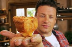 How To Make Yorkshire Puddings - Jaime Oliver video. It WORKS!!! I made these and  drooolll