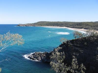 beachcomber noosa  via http://twoworlds-meet.blogspot.com.au/