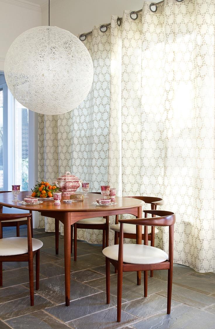 .Dining Rooms, Mid Century Dining Room, Dining Room Sets, Chairs, Diningroom, Dining Midcentury, Delectable Dining, Dining Tables, Mid Century Curtains