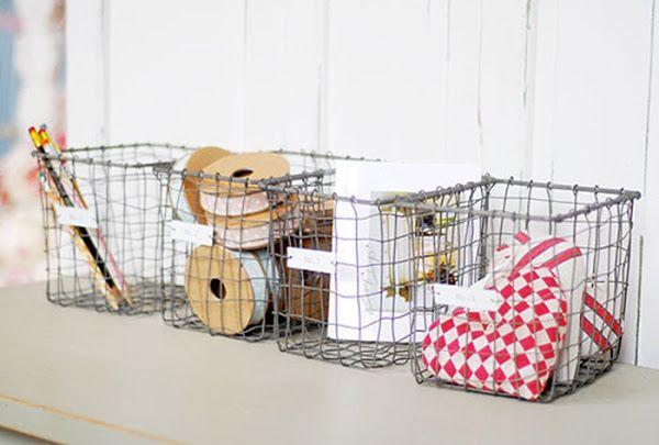 DIY: Cestas metalicas con malla de gallinero | Decorar tu casa es facilisimo.com