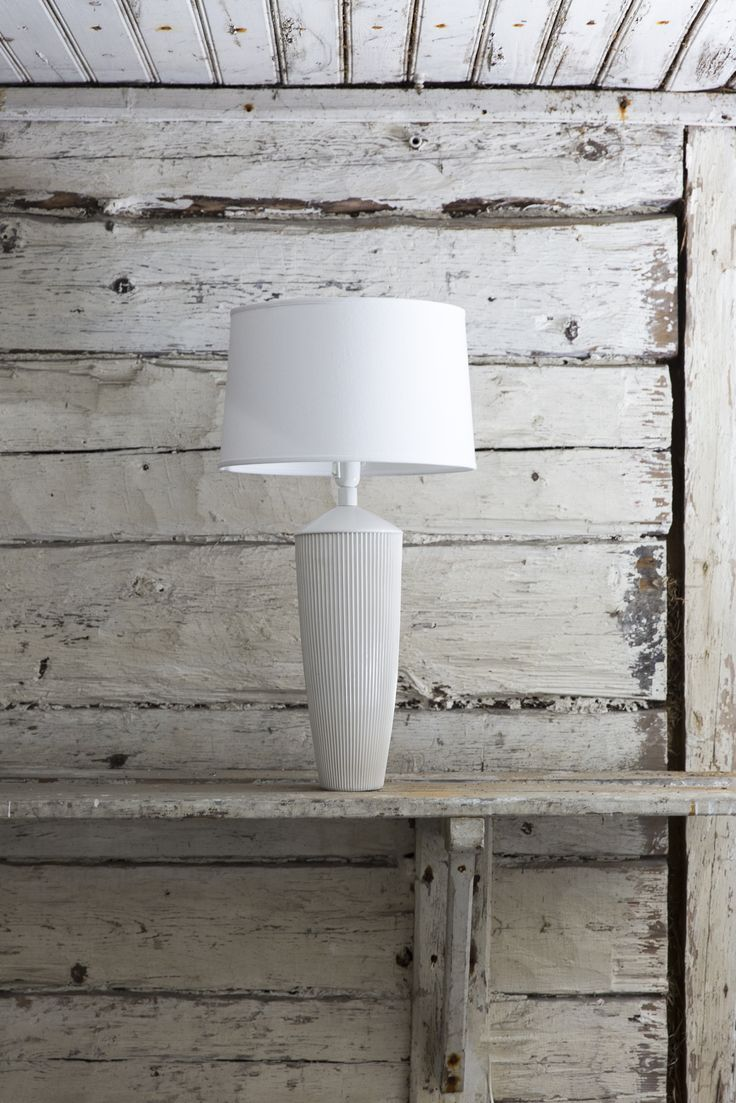 Vekki Ceramic Lampstand | This ceramic lampstand belongs to Vekki series. Solid and beautiful ceramic pleats suit the lampstand as well as your best skirt! Made in our own pottery in Posio, Finnish Lapland.