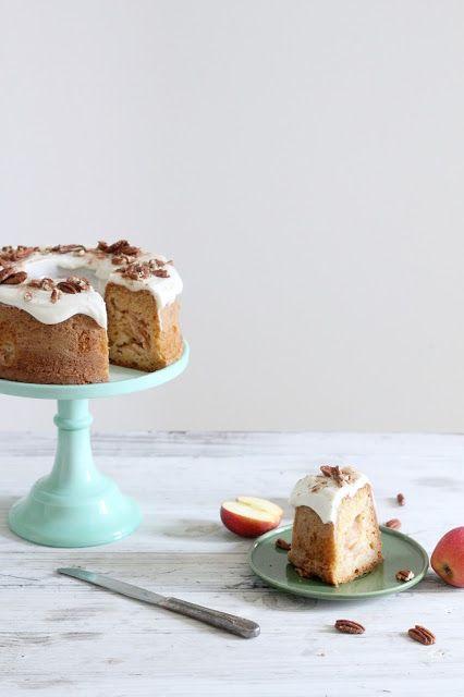 torta di mele a strati nella pentola fornetto versilia   .