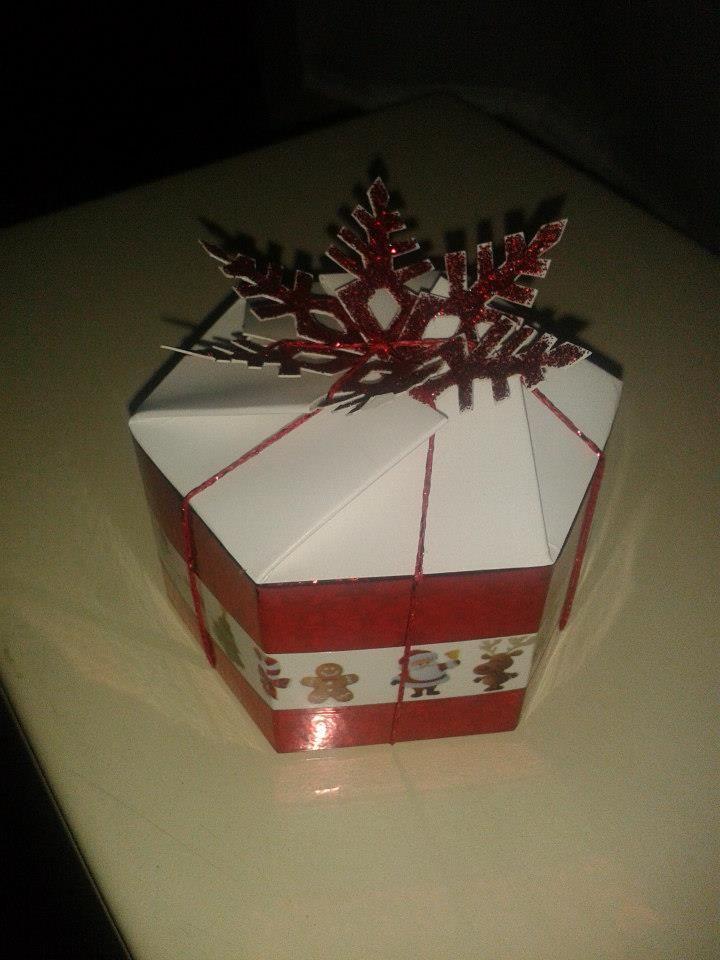 Piros dobozka