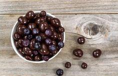 Recette de bleuets enrobés de chocolat noir toute simple et rapide à faire