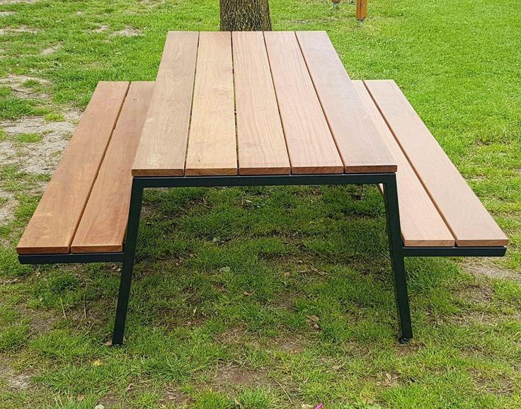Picknicksets op maat gemaakt in opdracht van zitteninjetuin. Frame leverbaar in elke gewenste RAL kleur. #picknickset #picknicktafel