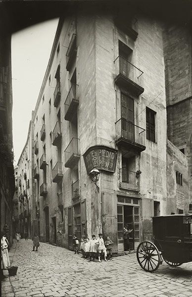 Carrer de la Palma de Sant Just, circa 1910