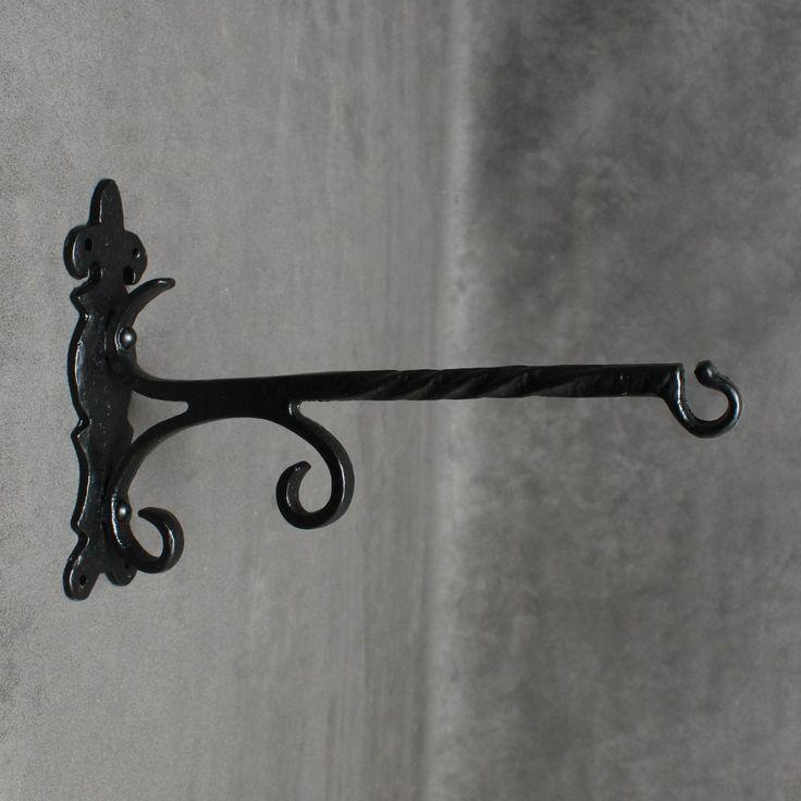 Kirkpatrick Ornate Hanging Basket Bracket  · 4601 ·