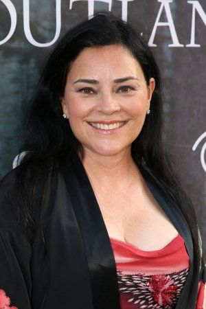 Diana Gabaldon: Hollywood's 25 Most Powerful Authors. Diana is rated 14th out of 25!!! Beautiful photo of Diana!