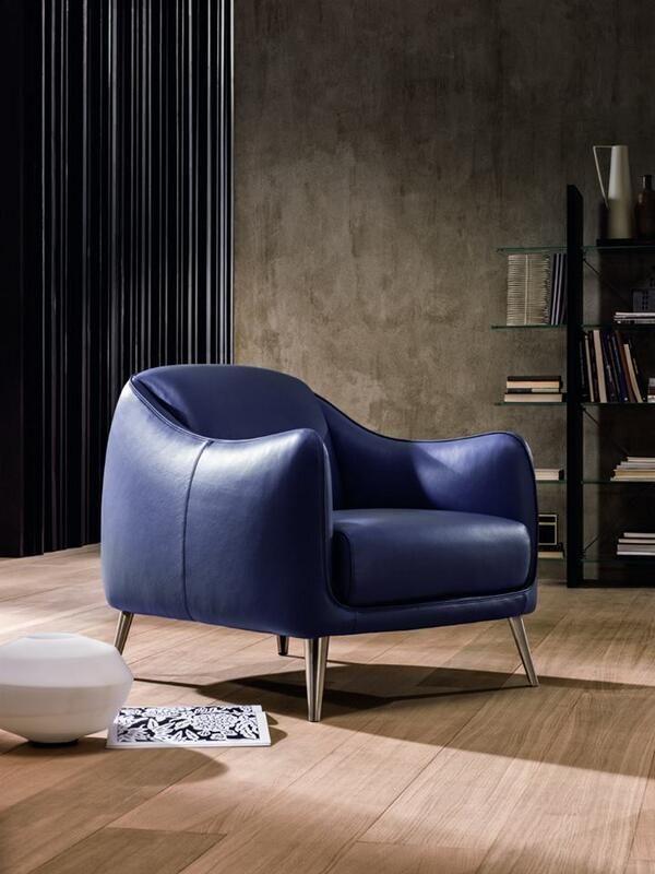 Miejsce dla szefa!  #armchair #natuzzi #modern #style #perfect #design