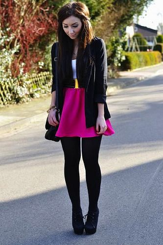 So cute, love the outfit!