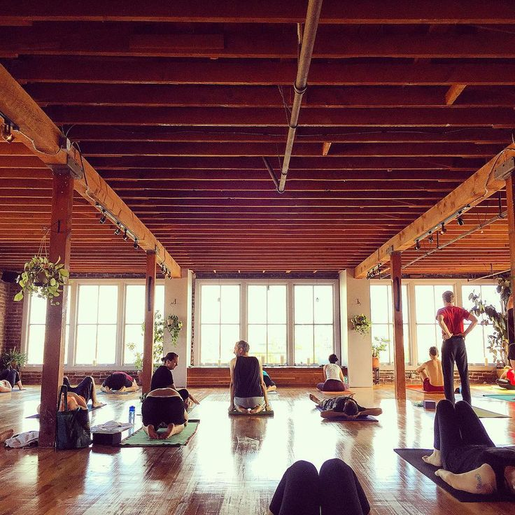 Vancouver Lululemon Is Nowhiring Headover To Styleninetofive See What Positions