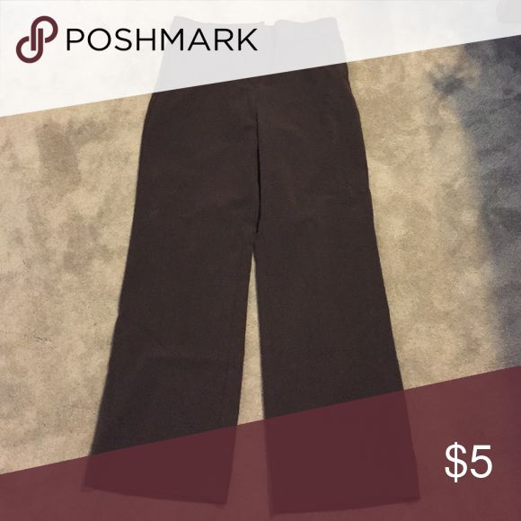 Kim Rogers Brown Slacks Size 10 This is a pair of gently worn like new brown slacks. Size 10 Kim Rogers Pants Trousers