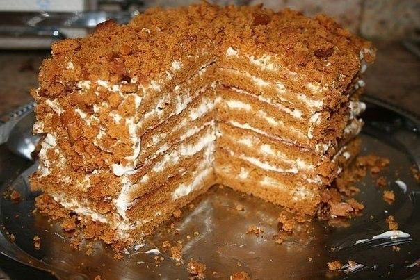 Simple honey cake, for those who do not like to roll out the dough