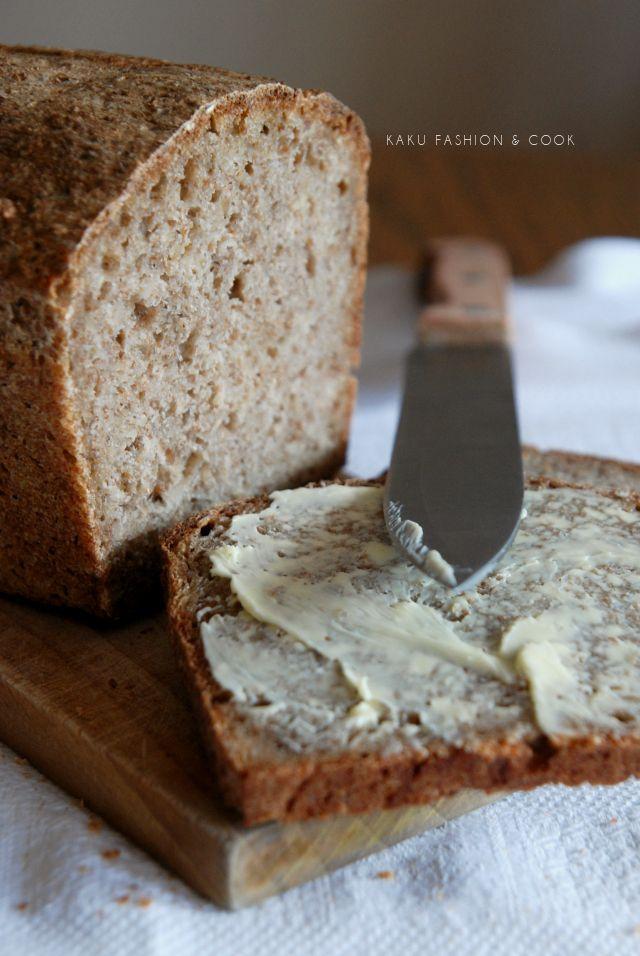 Domowy pszenno-żytni chleb na zakwasie | KAKU fashion cook – o modzie i kuchni w jednym miejscu!