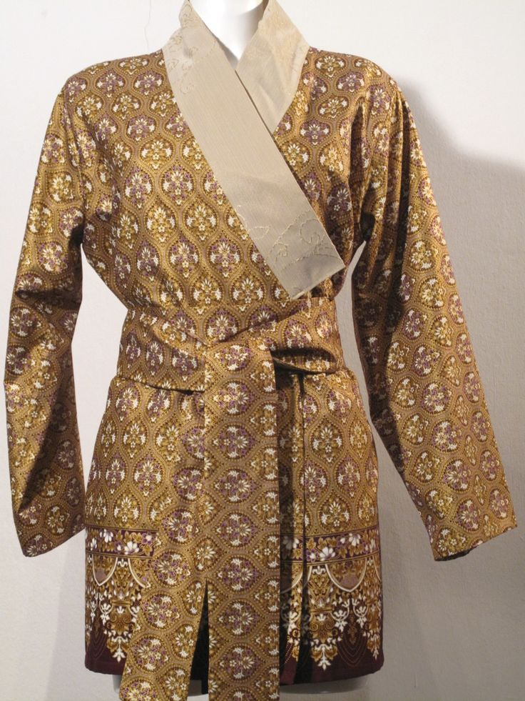 Yukata - Tageskimono - Gold pattern  double sided Yukata. Gold. Beige at the inside