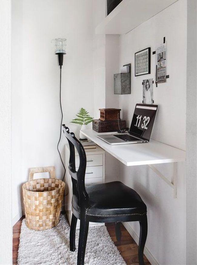 escritorio sencillo