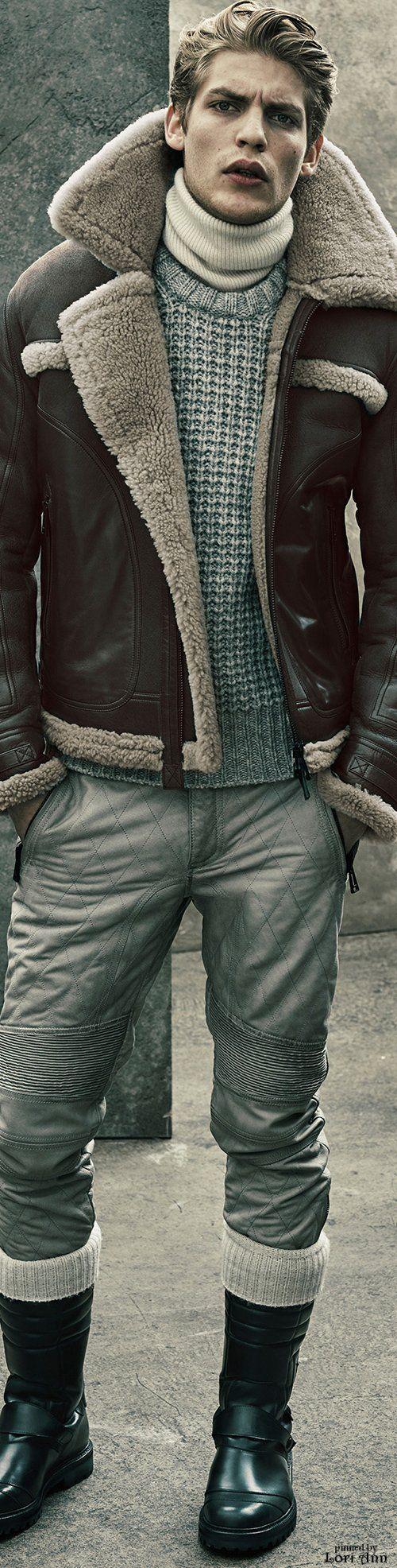 Belstaff Fall 2015 Menswear. Chaqueta en piel con forro de cordero. Estilo aviador. Pantalón en piel.