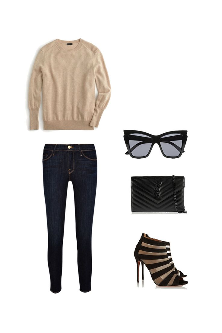 What to wear in Milan, packing for Italy. A comfy fall sweater paired with stylish strapped heels.