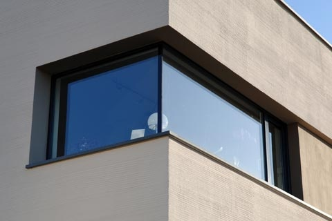 frameless corner window