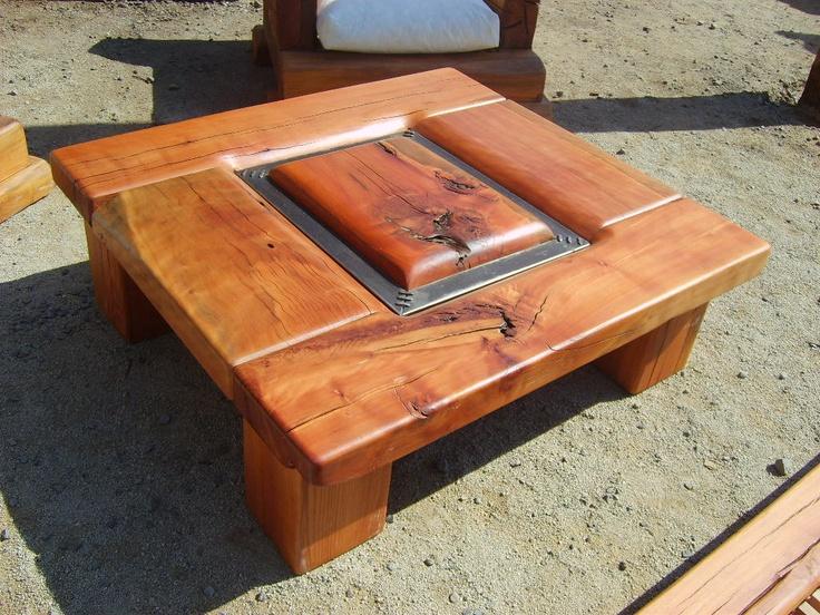 Mesa de Centro de roble rústico con pletina de fierro forjado reciclado de 1.20x1.20  www.facebook.com/nativoredwoodsa