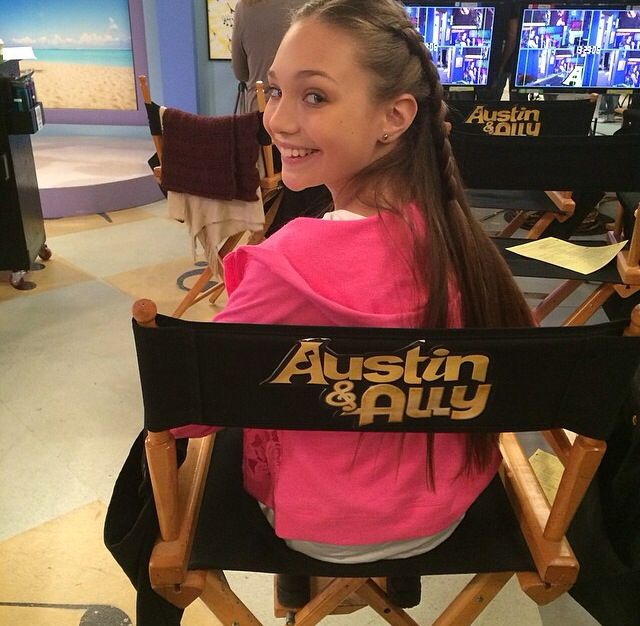 Melissa's Instagram photo of Maddie on set at Austin and Ally! #Disney