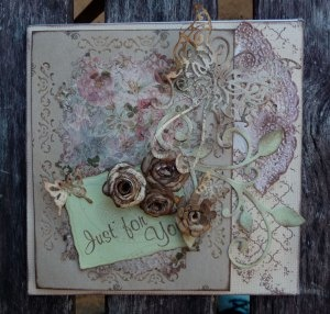 shabby chic card beige