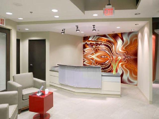 accessoire modern, groot schilderij in less in more modern interieur ...