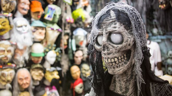 Halloween costume stores:  Get your kids' or adult costume at these Halloween costume stores and you'll be winning that costume contest this year.