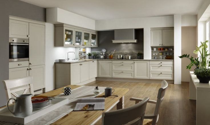 The kitchen is the heart of every home, but a friendly atmosphere has more place in a rustic kitchen. But although a rustic kitchen gives off a certain warm nostalgia, it neglects no less comfort than a modern kitchen! You dream already long of a