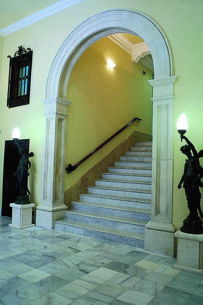 Turismo Alcoy -www.alcoyturismo.com