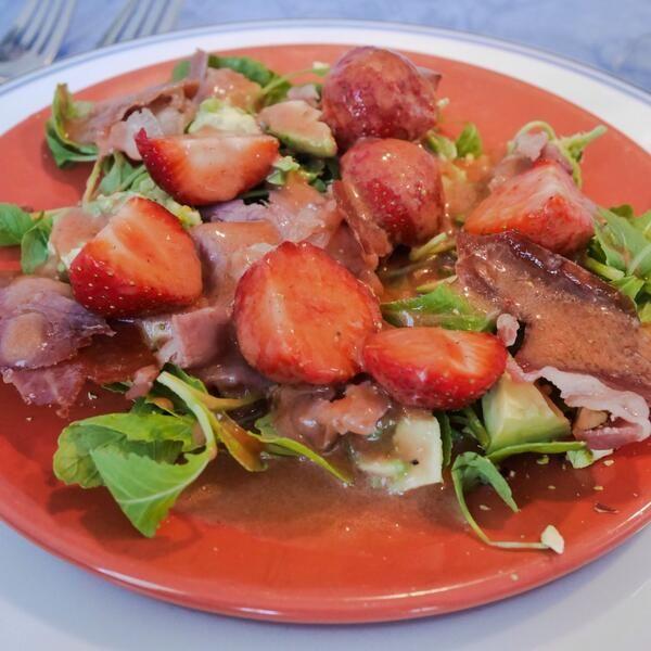 Véél favoriete ingrediënten: aardbei, parmaham, avocado, pistache - ik kan niet kiezen! #synchroonkijken