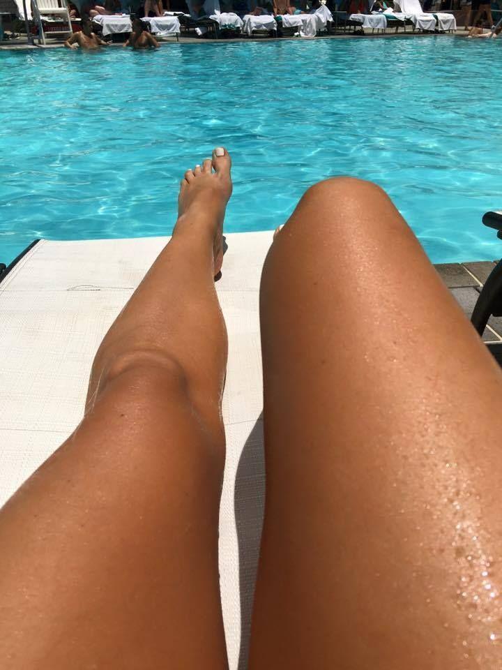 Cheryl Hickey's Feet << wikiFeet