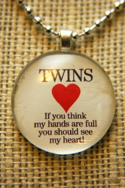 """Great gift for mom of twins: """"If you think my hands are full, you should see my heart"""" #Pendant #Twins #multiples"""