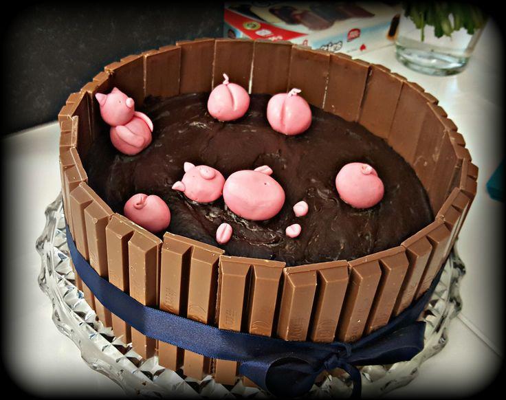 Torte mit Glücksschweinchen zum Abschied. Schweinchentorte.