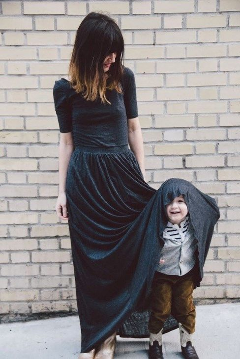 20 pictures of beautiful moms and their sons happy - @tarilink