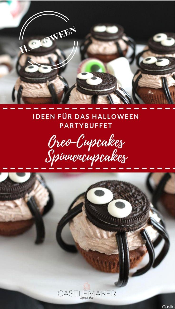Tolle Idee für das Partybuffet an Halloween. Leckere Oreo Cupcakes im Spinnendesign. Diese Schoko-Cupcakes mit Schokofrosting und Oreos werden alle lieben. Das Rezept gibt es auf meinem Blog. #halloween #partysnacks #spinnencupcakes