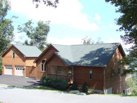 5 O'clock Somewhere - Cabin rentals in NC, NC cabin rentals, cabins in Boone NC