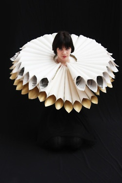 Would also be a good example for 3-D renaissance clothing for my portrait lesson wearable sculpture | Tumblr