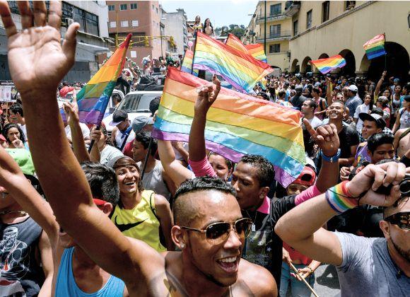 Desfile del orgullo pide matrimonio gay en Venezuela