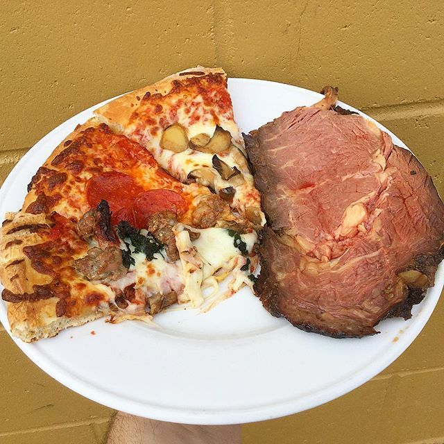 Lunch buffet at Flos Ristorante @flossportsbar #flossportsbar #primerib #za #pizza #belmont