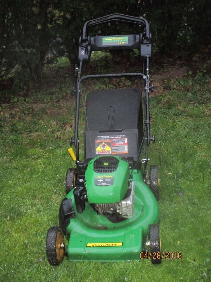 LAWN MOWER JOHN DEERE JS36 USA BUILT 100 PERCENT
