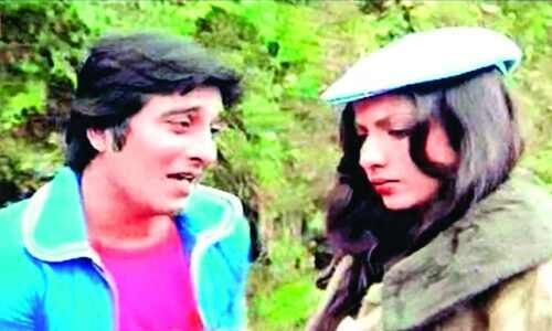 Darjeeling remembers starry-eyed Vinod Khanna     As curtains came down on the life of one of the most charismatic actors of Bollywood Darjeeling fondly remembered Inspector Raj. Vinod Khanna was in the Hills for almost a month-long shoot of the superhit film Lahu Ke Do Rang in 1978. The Queen of Hills has many a fond memories of Khanna who had starred in this film as Police Inspector Raj Singh. The film directed by Mahesh Bhatt starring Shabana Azmi Danny Denzongpa Helen along with Khanna…