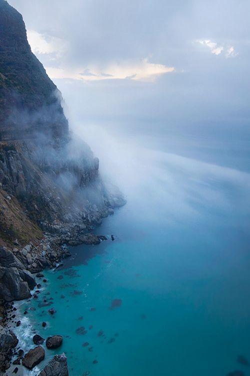 Chapmans Peak between Hout Bay and Noordhoek, Cape Town. South Africa