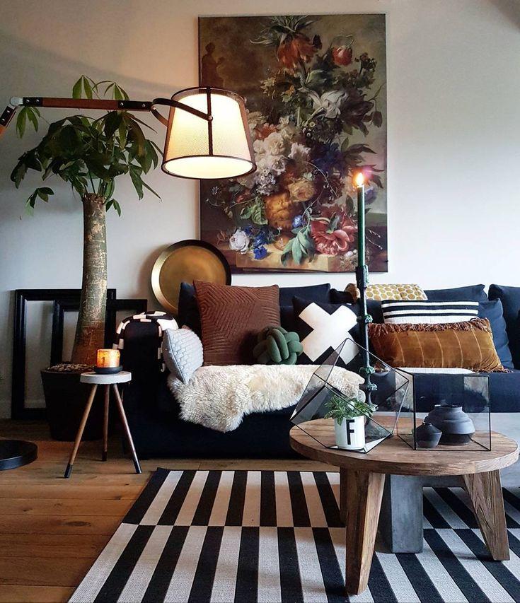 Still life & plenty of pattern in this relaxed living room