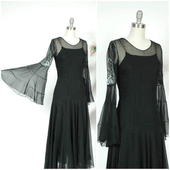 Robe Vintage 1930 - incroyable et méchant pure soie mousseline Noire d'Angle des années 30 à manches longues robe avec déco perles et des paillettes - séraphins foncés