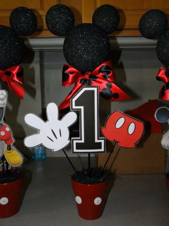 Centros De Mesa Para Cumpleaños De Mickey Mouse Mickey Birthday Party Mickey Mouse Parties Mickey 1st Birthdays