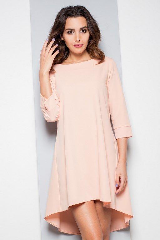 Asymetryczna sukienka w kolorze różowym