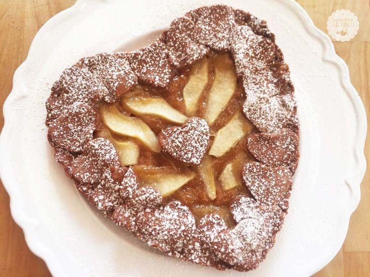 La crostata d'autunno con Fiordifrutta e pere è un dolce prelibato e semplice che racchiude in sé tutto il sapore dell'autunno.